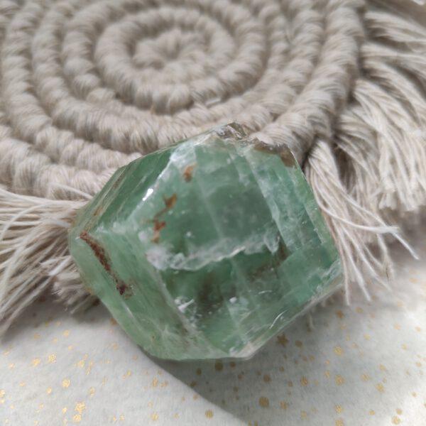 Groene smaragd calciet 3 Miracle Monday
